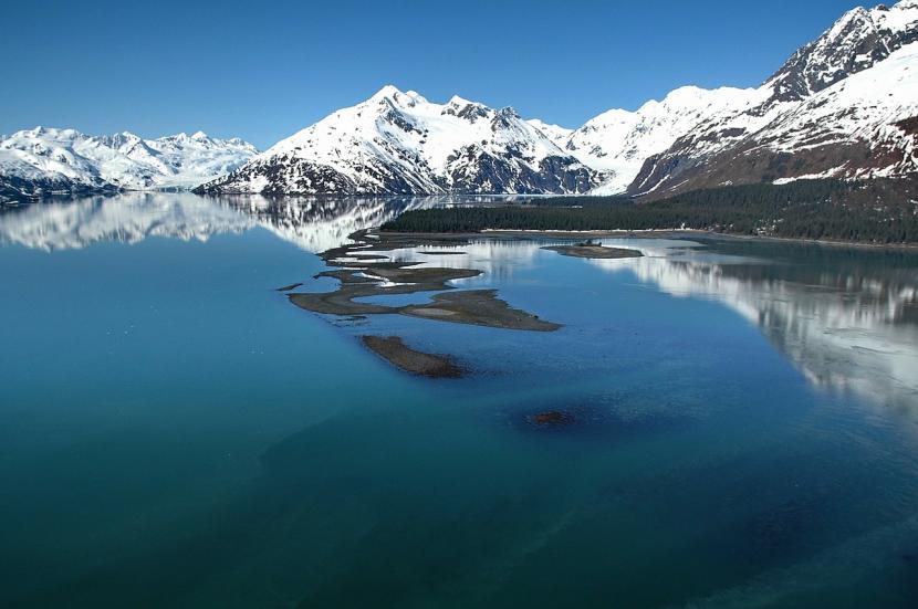 Gempa bumi dengan magnitudo 8,1 yang terjadi di wilayah Perryville, Alaska, Amerika Serikat, pada Kamis (29/7, memicu munculnya tsunami kecil.