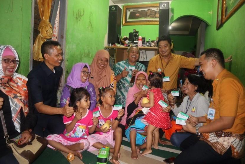 Dijamin Kesehatan Enam Anak Yatim Piatu di Sepinggan Baru