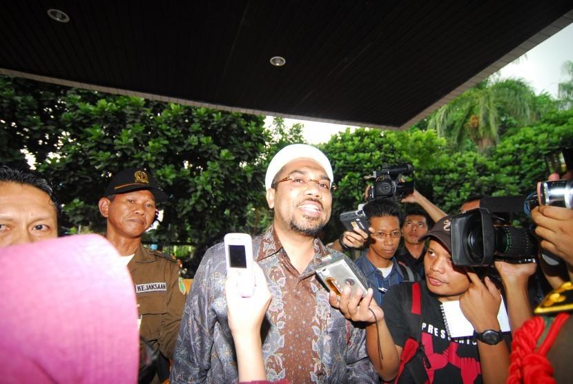 Ali Mochtar Ngabalin: Golkar Minta Jokowi Tak Berikan 'Angin Surga'