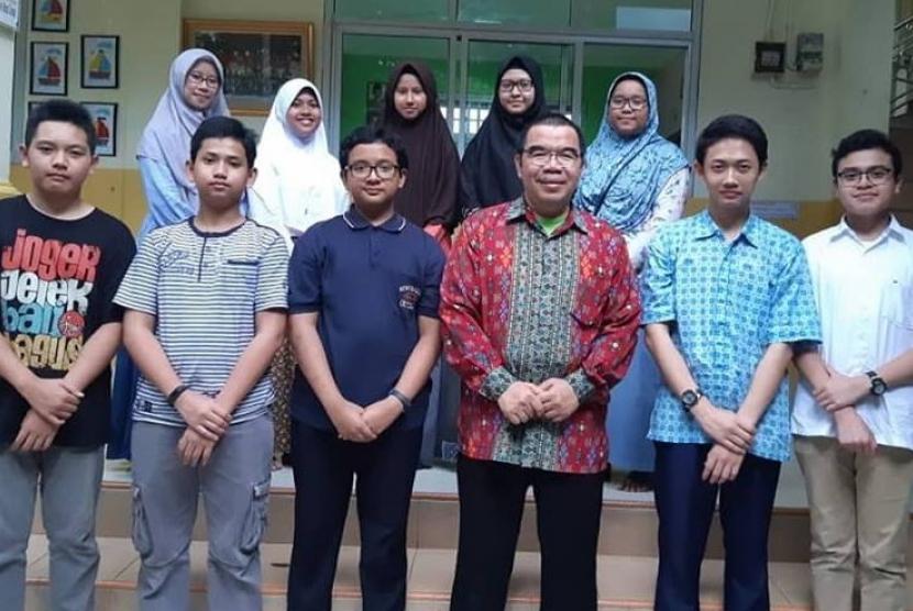 Alumni Klinik Pendidikan MIPA mendapatkan pembekalan mengenai 'tabungan jiwa'