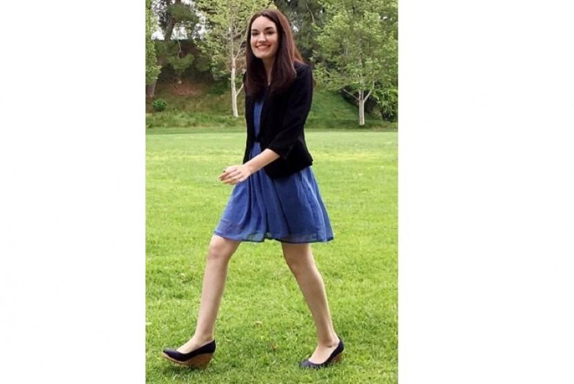 Amanda Bell, perempuan cantik yang selalu meniru fashion Kate Middleton