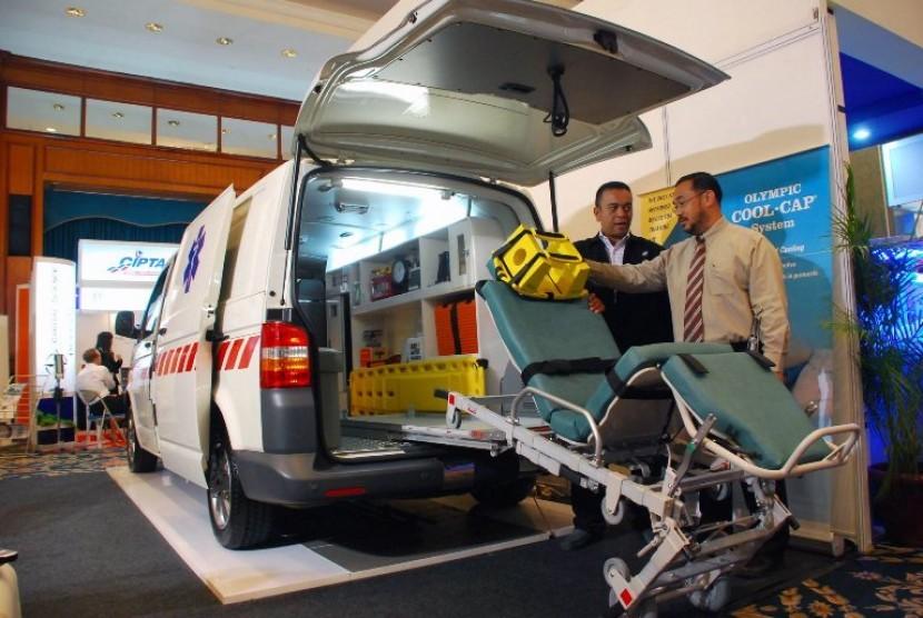 Bupati Sleman Serahkan Bantuan Ambulans untuk Candibinangun (ilustrasi).