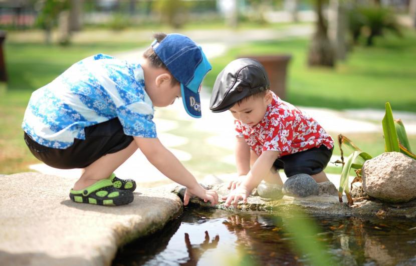 Anak bermain (ilustrasi)