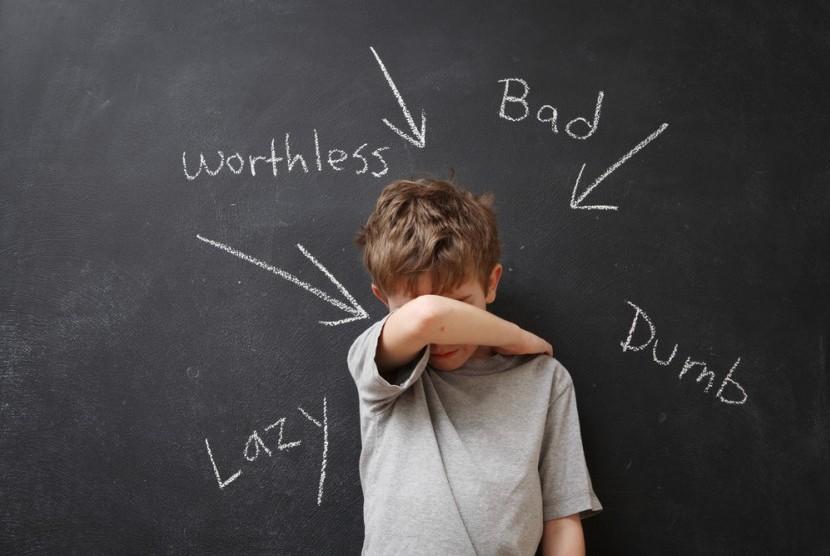 Anak dengan ADHD perlu mendapatkan perhatian khusus. Orang tua juga diminta bersikap ekstra sabar saat berhadapan dengan anak ADHD.