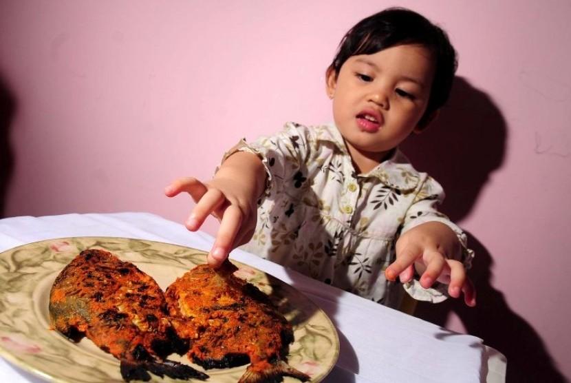 Anak Makan Ikan (ilustrasi)