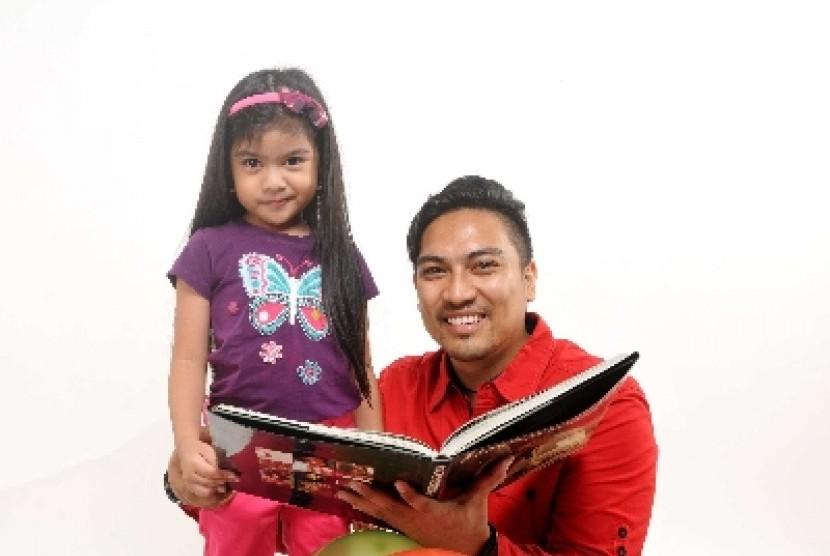 Anak perempuan dan ayahnya.