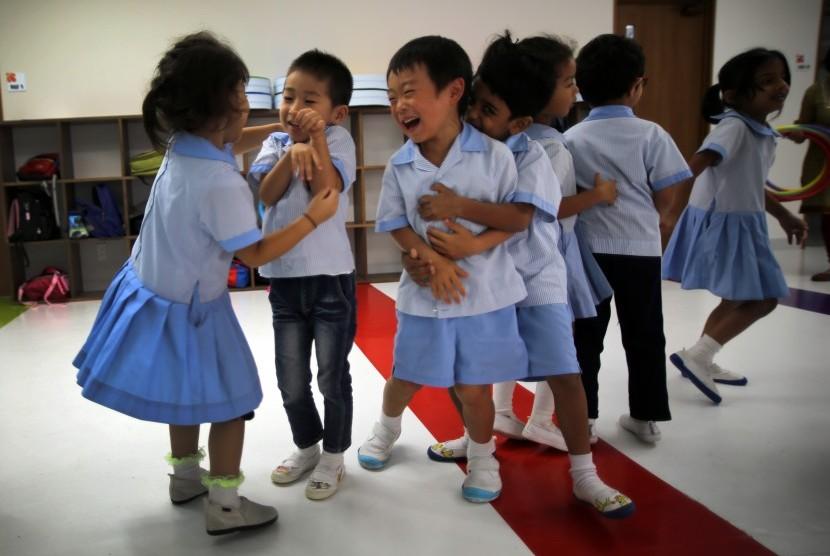 Anak sekolah di Jepang.