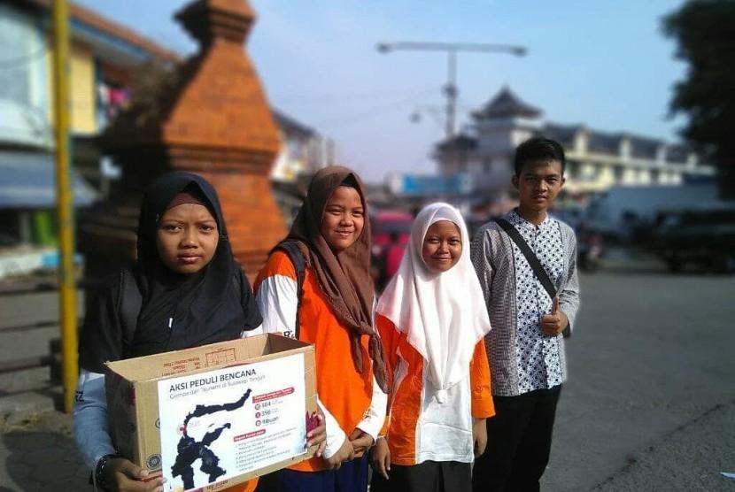 Anak Sekolah Juara menggalang donasi untuk membantu korban gempa di Sulteng.