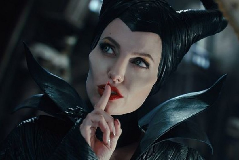 Angelina Jolie dalam Film Maleficent 2