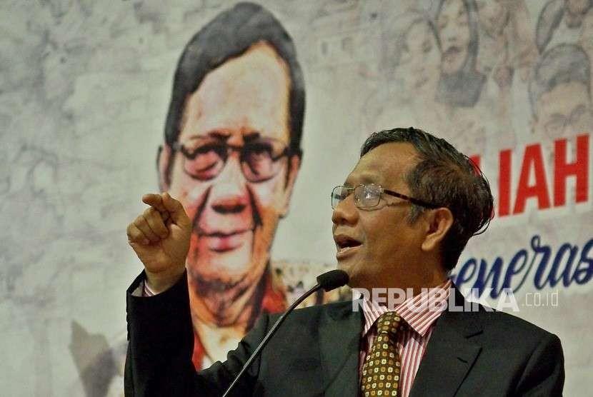 Chairman of the Suluh Kebangsaan Movement Mahfud MD