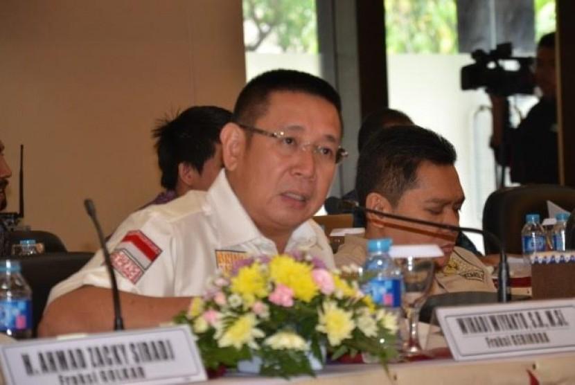 Anggota Komisi XI DPR Wihadi Wiyanto mengatakan Badan Reserse Kriminal (Bareskrim) Polri harus lebih meningkatkan sinergi dan koordinasi dengan Otoritas Jasa Keuangan (OJK) guna mengatasi persoalan pinjaman online (pinjol) ilegal yang meresahkan masyarakat.