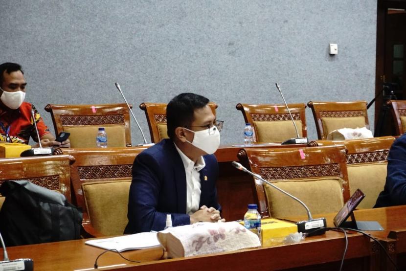 Anggota Komisi X DPR RI Bramantyo Suwondo berbicara SOAL kisruh PPDB DKI Jakarta.