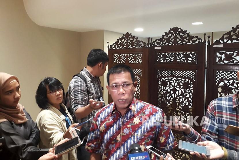 Anggota Pansus Angket DPR dari PDIP Masinton Pasaribu saat ditemui di Komplek Parlemen, Senayan, Jakarta pada Jumat (9/2).