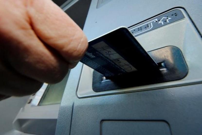 Anjungan Tunai Mandiri (Automated Teller Machine/ATM)
