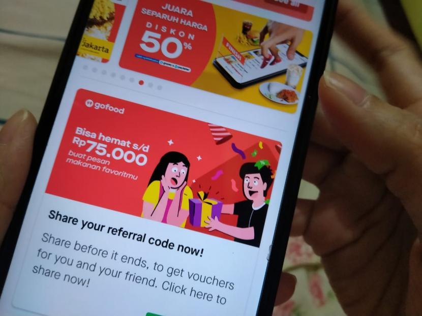 Aplikasi Gofood dari Gojek disebut unggul di atas aplikasi antar makanan terkemuka dunia, seperti Ubereats asal Amerika Serikat, Swiggy dan Zomato asal India, dan aplikasi dari jaringan supermarket raksasa Walmart asal Amerika Serikat.