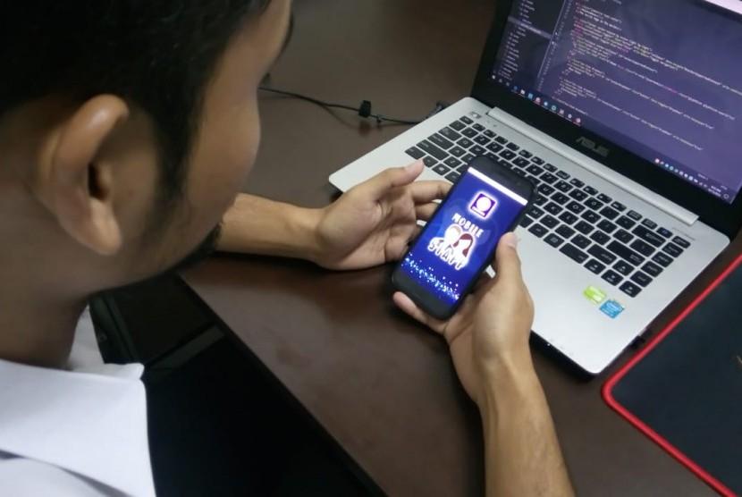Aplikasi Mobile M-Staff UBSI.