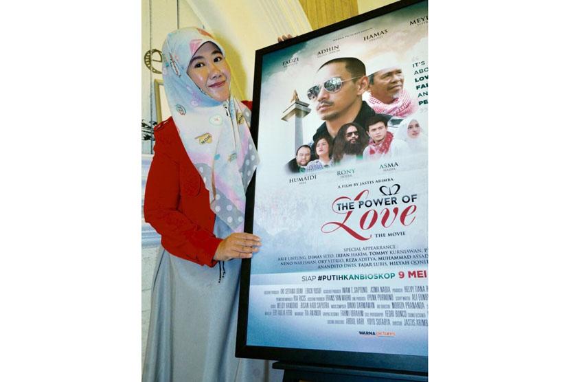 Asma Nadia, pemeran sekaligus produser pendamping film 212 The Power of Love yang segera tayang 9 Mei 2018.