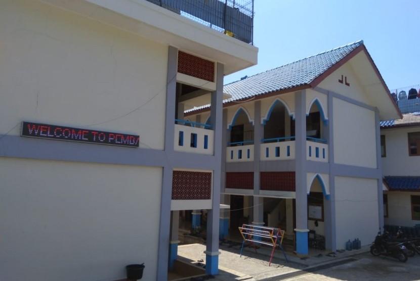 Asrama santri Pesantren Pembangunan.