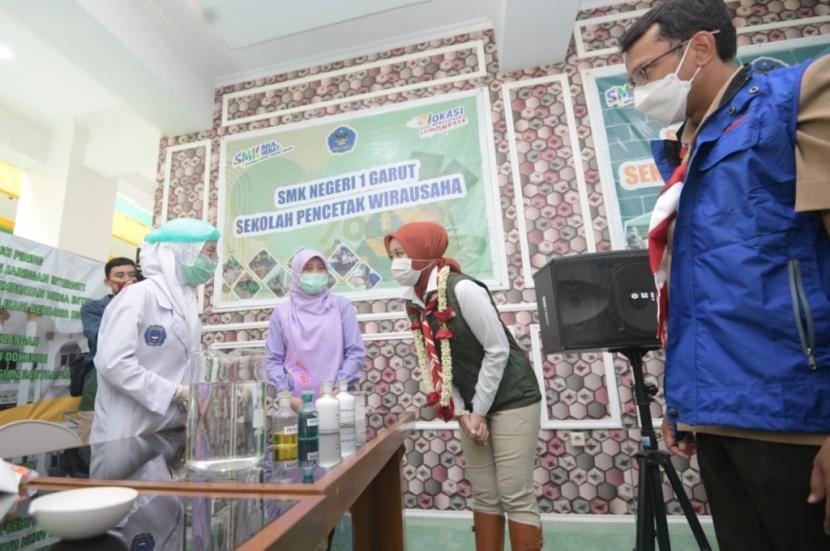 Atalia Ridwan Kamil Apresiasi Inovasi SMK Negeri 1 Garut