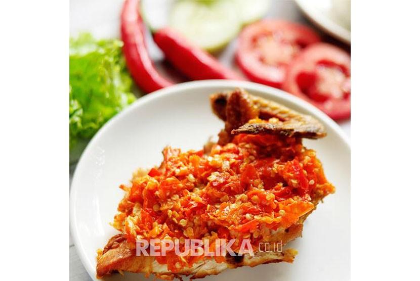 Ayam Geprek (ilustrasi)