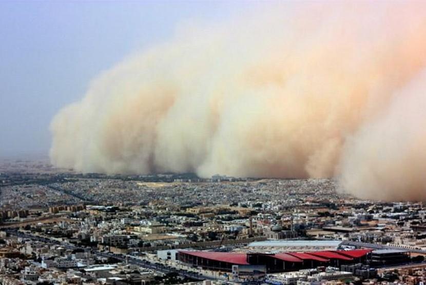 Sandstorm in Saudi Arabia.