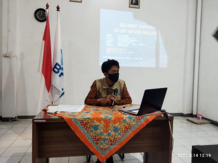 Badan Pelindungan Pekerja Migran Indonesia (BP2MI) Malang mengadakan Konferensi Pers (Konpers) terkait kasus kaburnya lima Calon Pekerja Migran Indonesia (CPMI) di Kantor BP2MI Malang, Senin (14/6)