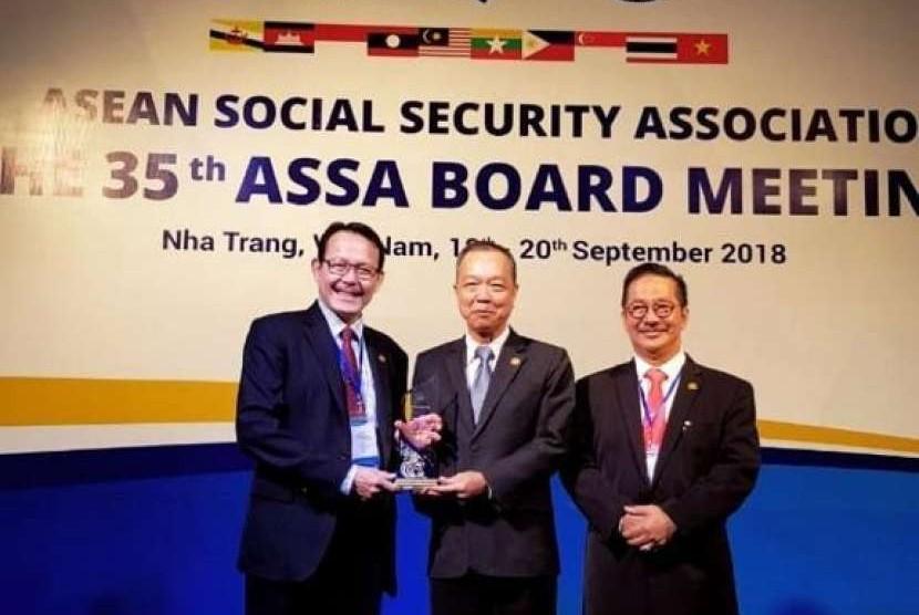 Badan Penyelenggara Jaminan Sosial (BPJS) Kesehatan Indonesia sukses mendapatkan penghargaan dari Asosiasi Jaminan Sosial ASEAN (ASEAN Social Security Association/ASSA).