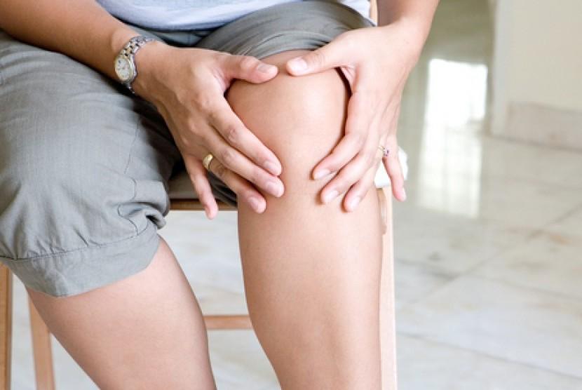 Nyeri lutut juga bisa menyerang saat tidur.