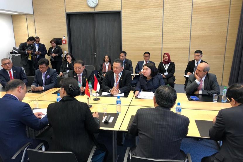 Bamsoet dalam pertemuan bilateral dengan Ketua Parlemen Vietnam, Turki, Argentina, Sudan dan Delegasi ASEAN+3  di sela-sela acara Inter Parliement Union (IPU) ke-138 yang berlangsung 24-26 Maret di Jenewa, Swiss.