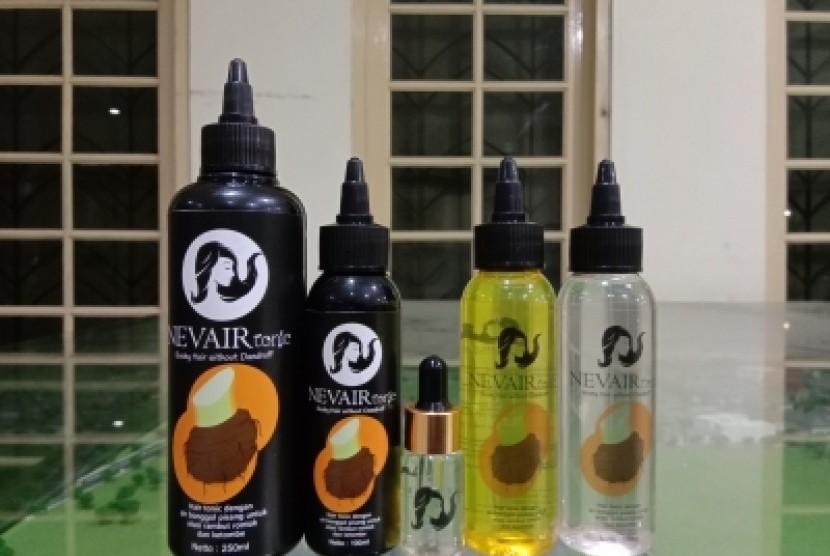 Banana Weevil Hair Tonic (Nevair Tonic) yang merupakan tonik rambut alami berbahan dasar bonggol pisang. Nevair Tonic dibuat sejumlah mahasiswa Universitas Negeri Yogyakarta (UNY).