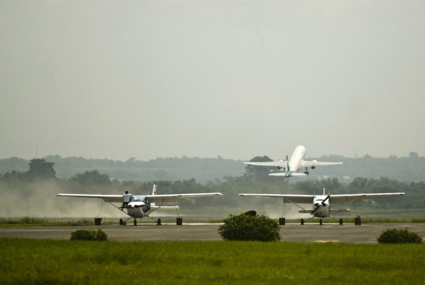 Bandara Adi Soemarmo.