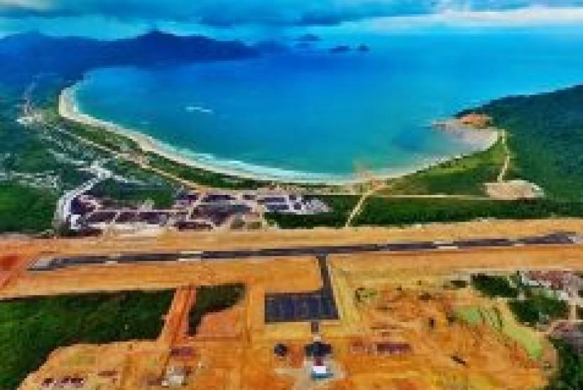 Bandara Letung
