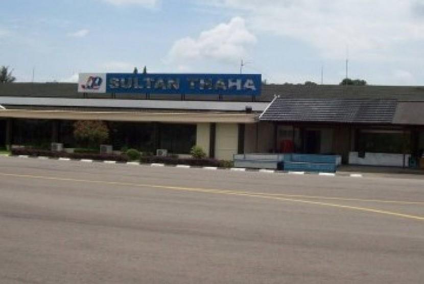 Bandara Sultan Thaha