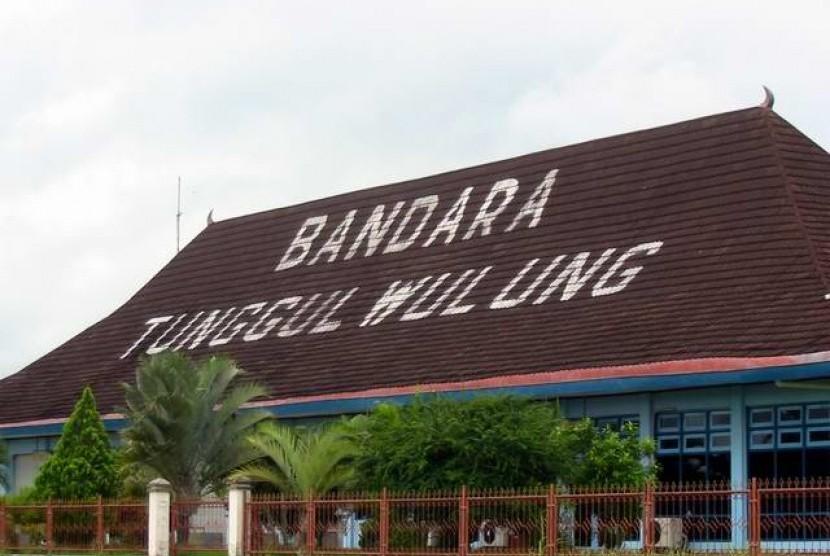 Bandara Tunggul Wulung.