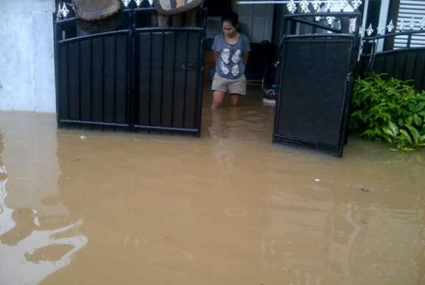 Banjir di sejumlah perumahan seperti yang terjadi di Perumahan Bumisani