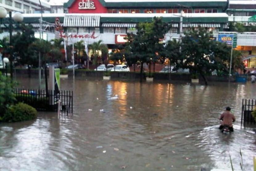 Inilah Penyebab Jakarta Selalu Banjir   Republika Online