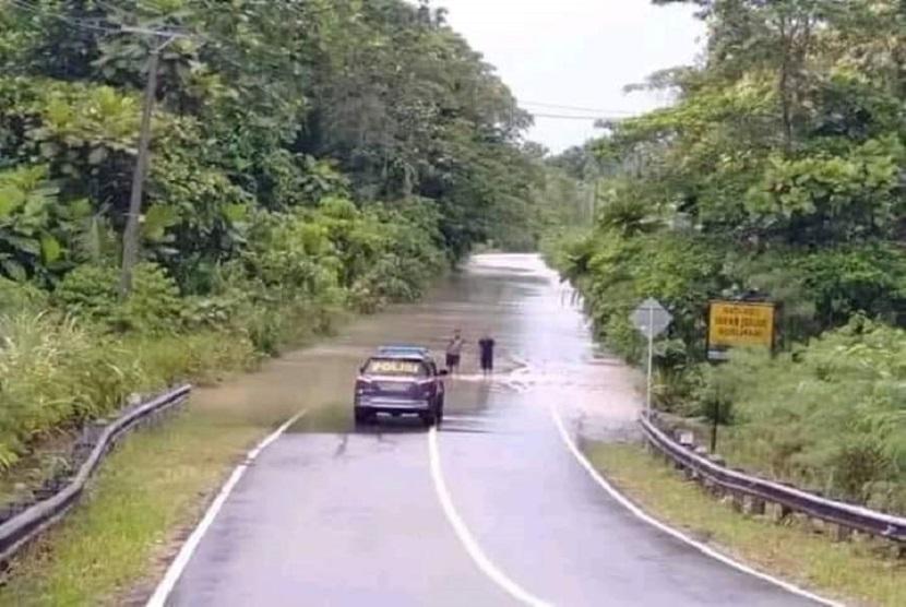 Banjir masih melanda wilayah Sentani, Papua