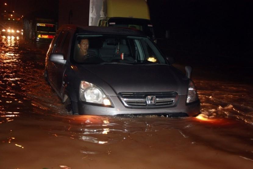 Banjir Tol BSD