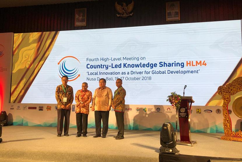 Bappenas menggelar Konferensi High Level Meeting on Country-Led Knowledge Sharing (HLM4 on CKLS) sebagai acara lanjutan Pertemuan IMF-WB di Nusa Dua Bali, Senin (15/10).