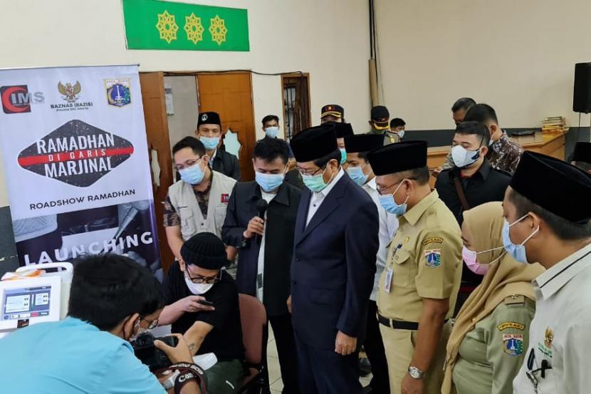 Baznas Bazis DKI Jakarta menggelar program layanan hapus tato di Jakarta Islamic Medical Service, Jakarta Utara, Selasa (20/04/2021).