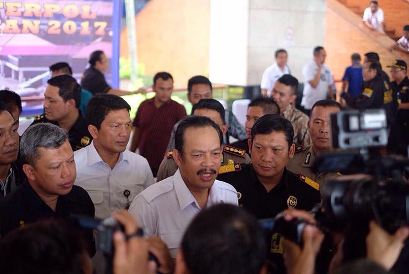 Bea Cukai bersama Badan Narkotika Nasional (BNN) serta interpol, Imigrasi, dan AVSEC menggelar operasi gabungan dengan sandi Lionfish-ASEAN 2017.