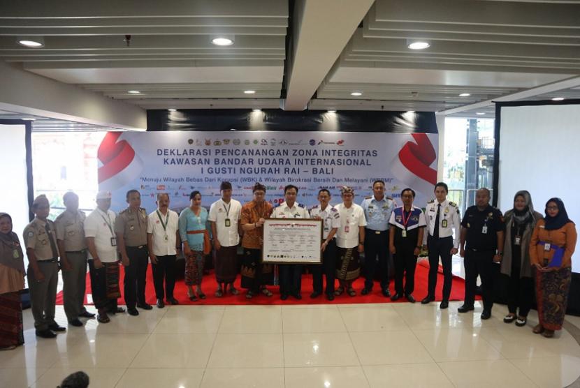 Bea Cukai deklarasikan zona intergrasi di Bandara Ngurah Rai.