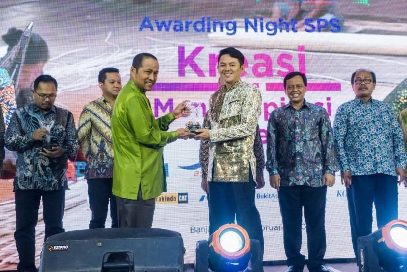 Bea Cukai diwakili majalah SCENES Edisi IV/2019 kembali mendapatkan Silver Winner pada malam penganugerahan The Indonesia Inhouse Magazine Awards (InMA) 2020 untuk kategori Kementerian dan Lembaga Pemerintahan, yang digelar oleh Serikat Perusahaan Pers (SPS) pada hari Jumat 7 Februari 2020 di Hotel Mercure Banjarmasin, Kalimantan Selatan.