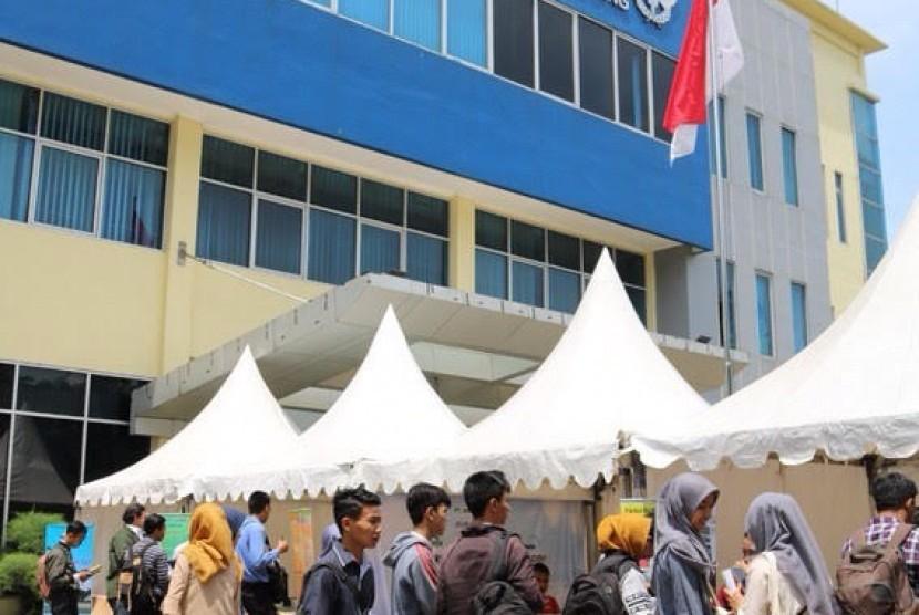 Bea Cukai Job Fair di Tangerang.