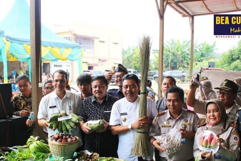 Bea Cukai lepas ekspor komoditas pertanian.
