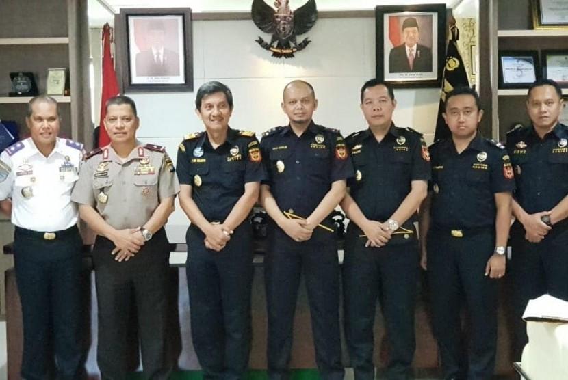 Bea Cukai menjalin kerja sama dengan Kepolisian Daerah Sulawesi Barat untuk mencegah peredaran narkoba.