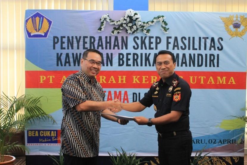 Bea Cukai resmikan kawasan berikat mandiri pertama di Sumatra.