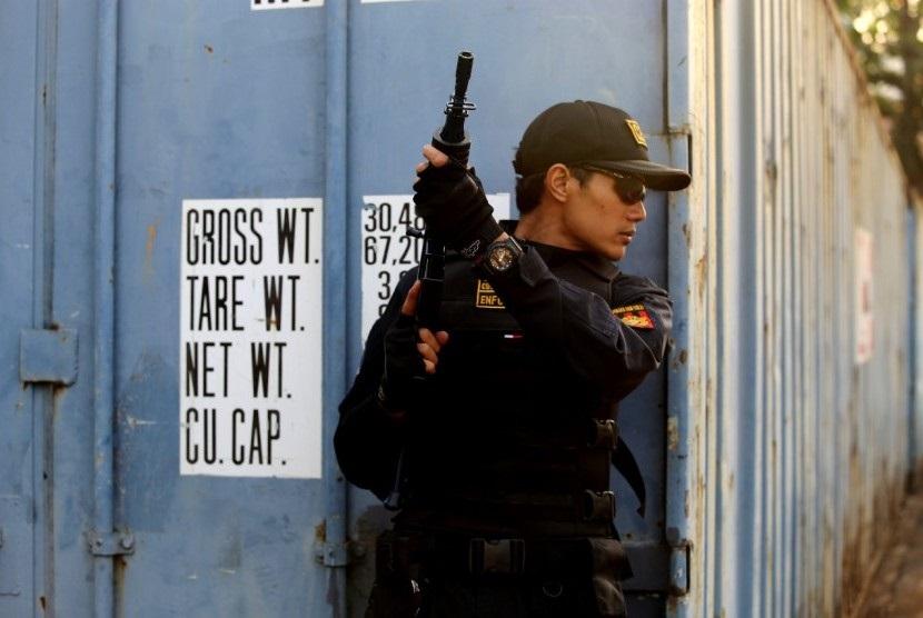 Dalam kurun waktu tiga hari berturut-turut, Kantor Bea Cukai Bandar Lampung berhasil memberantas penyelundupan peredaran rokok ilegal sebanyak total 6,8 juta batang senilai Rp 7,2 miliar.