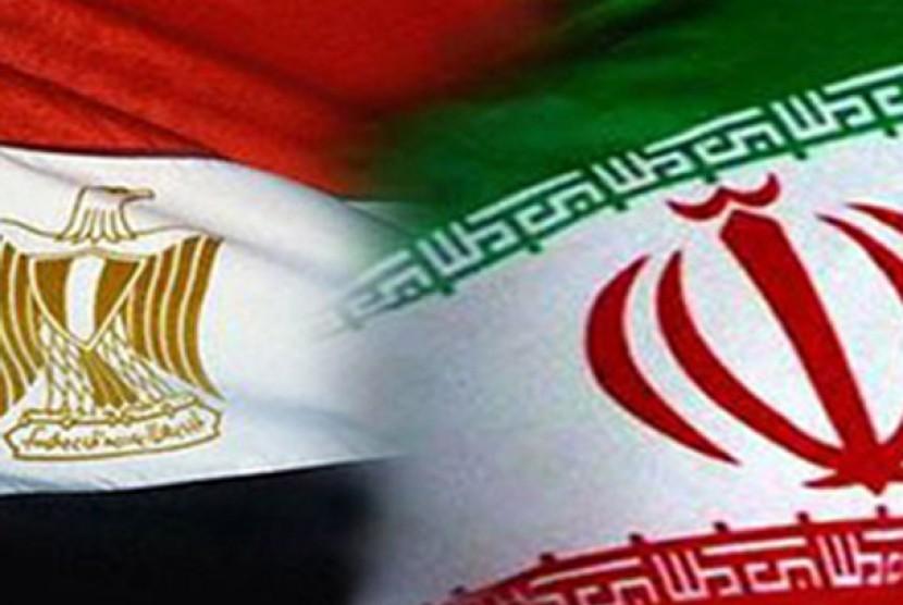 Bendera Mesir dan Iran. Ilustrasi.