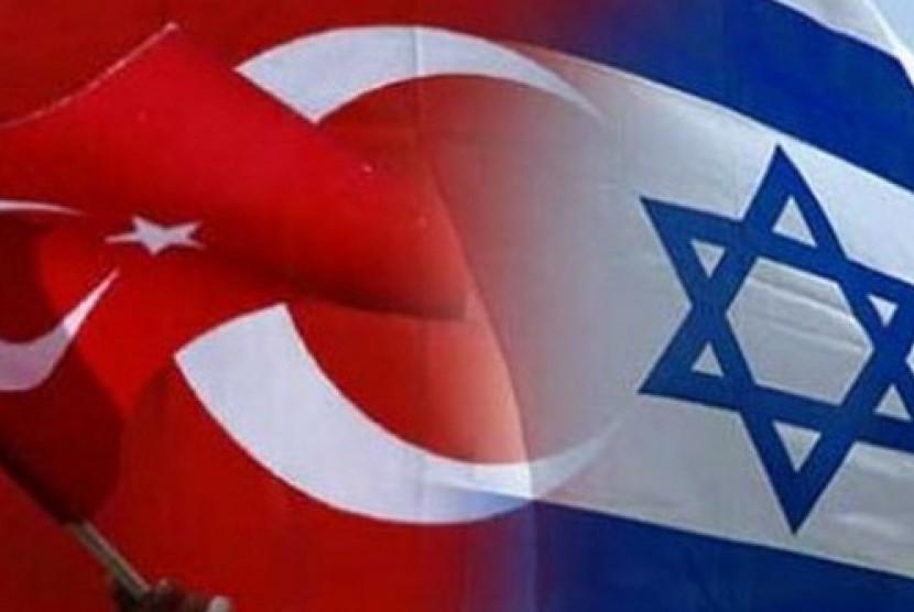 Bendera Turki dan Israel.
